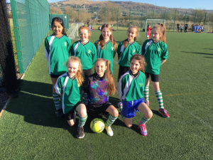 girls football cleeve